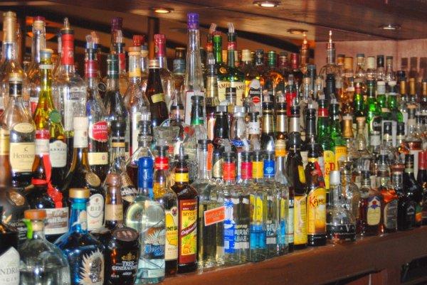 За онлайн-торговлю алкоголем предложили ввести штрафы до 1 млн руб