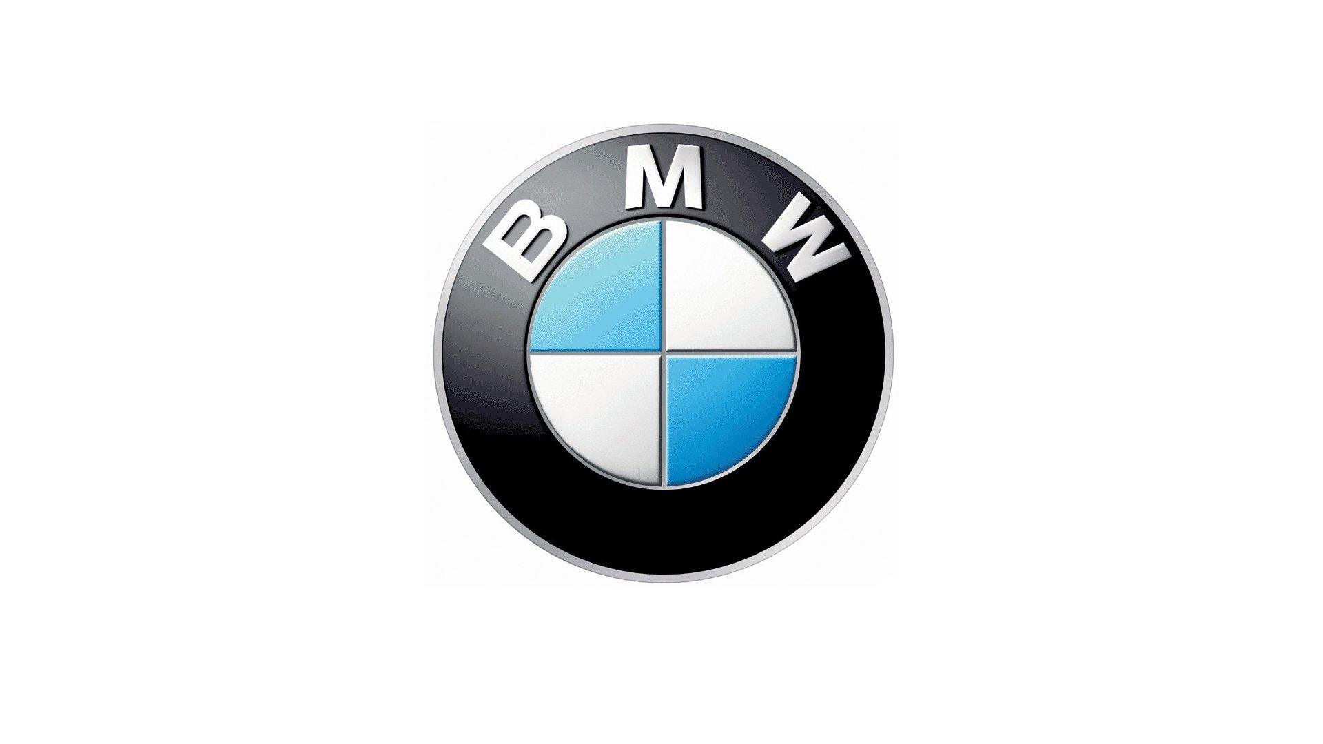 Refreshing or Revolting BMW X2 vs BMW X1  Motor Trend