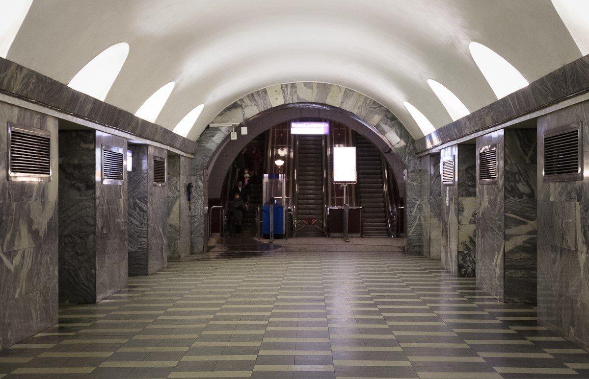 связыз плродом какие станции метро будут закрыты