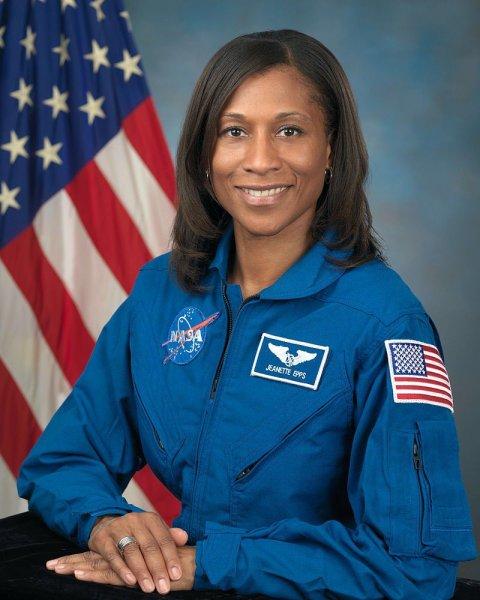 NASA впервые отправит на МКС женщину-афроамериканку