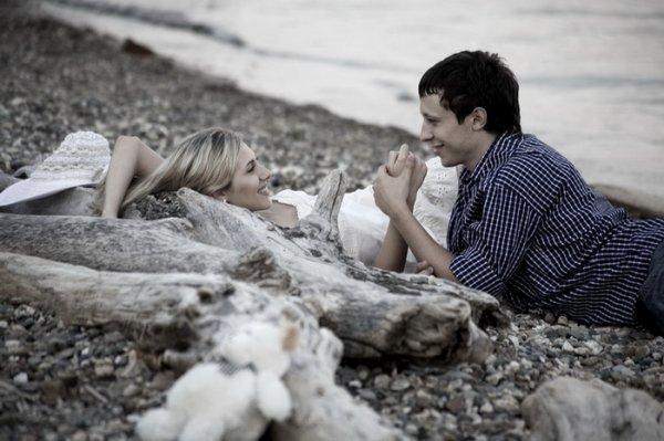 Психологи назвали главные симптомы влюбленности
