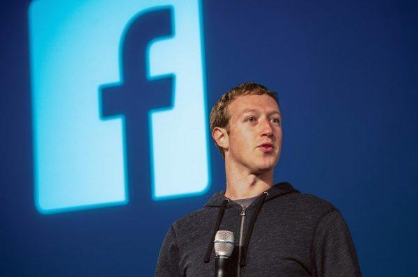 Цукерберг назвал обвинения в краже технологий ложными
