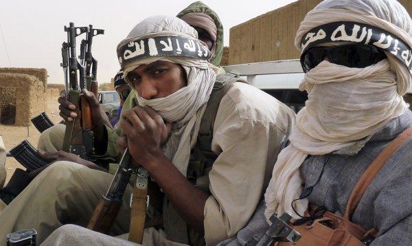 """Боевики """"Ахрар Аш-Шам"""" объявили об объединении с шестью группировками в Сирии"""