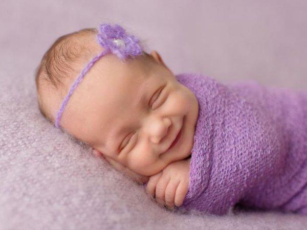 Синдром плоской головы у новорожденных связан с задержкой в развитии