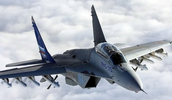 Все легкие истребители ВКС РФ заменят на МиГ-35