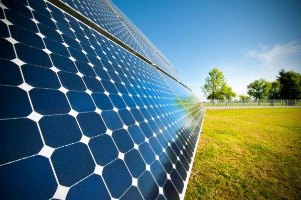 Ученые: Накопленая солнечная энергия увеличивает число вредных выбросов