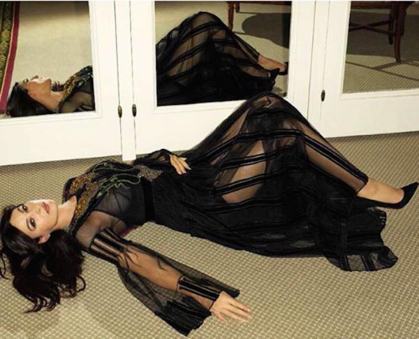 Моника Беллуччи снялась для мужского журнала