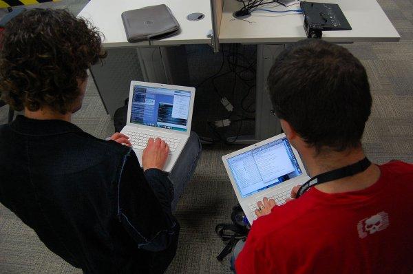 Британские школьники научатся бороться с хакерами