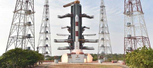 Индия запустит в космос рекордное число спутников
