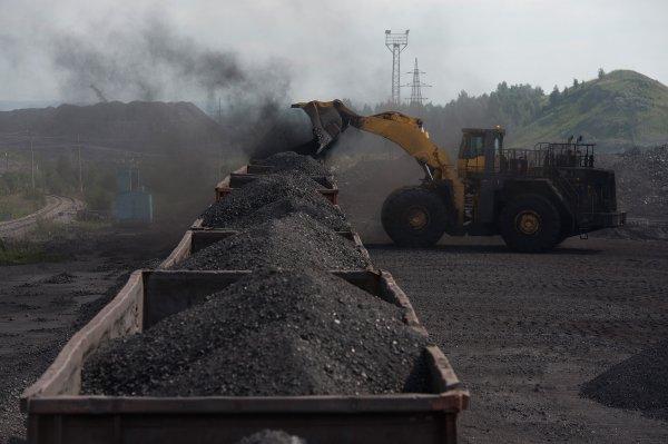 Кличко перевел ТЭЦ Киева на режим экономии из-за малых запасов угля