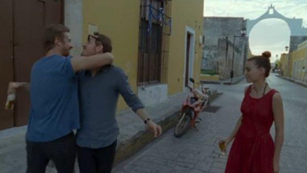 Появился трейлер «Вне закона» с Райаном Гослингом и Натали Портман