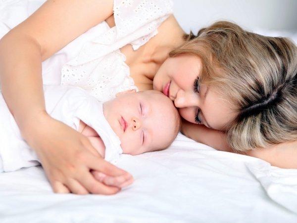 Пение для младенцев помогает бороться с послеродовой депрессией – Ученые