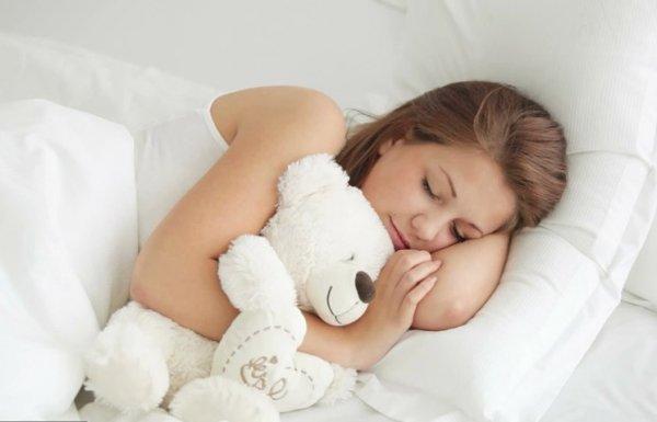 Учёные рекомендуют спать на левом боку для хорошего самочувствия