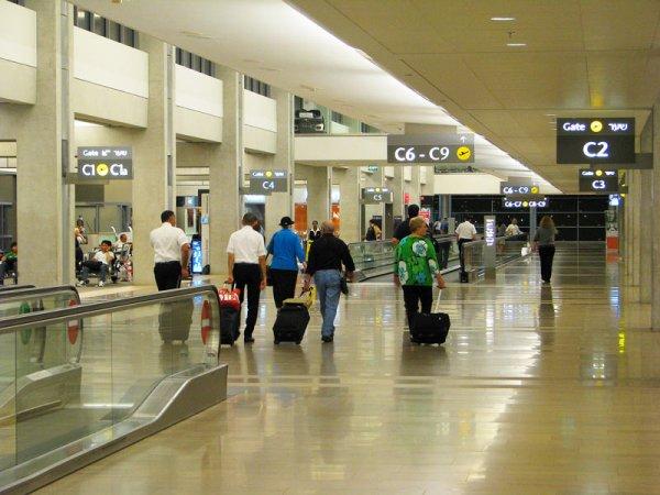 Задержанные в аэропорту Тель-Авива вернулись на домой