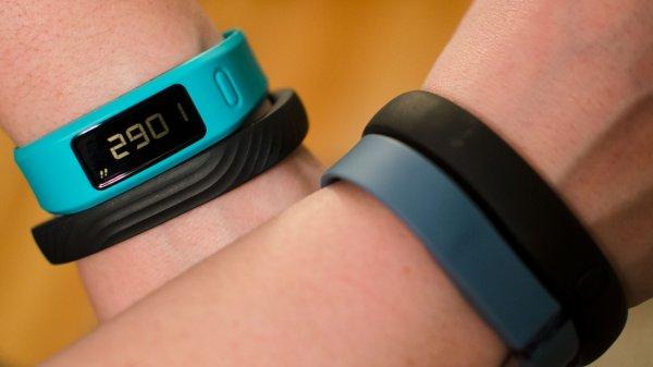 Британские ученые утверждают, что фитнес-браслеты вредят здоровью