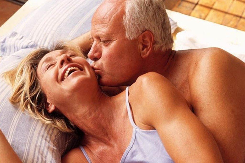Зрелые Бабы Занимаются Сексом