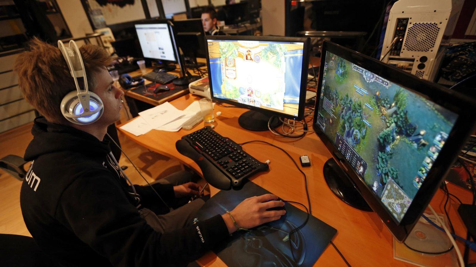 benifits of video games essay