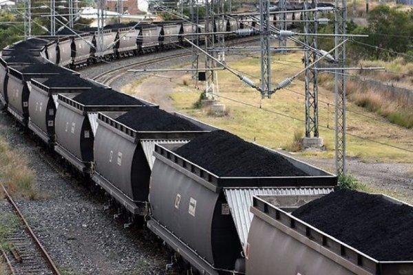 Гройсман сообщил, что из-за блокады Донбасса Украина нуждается в российским угле