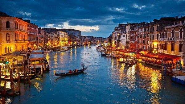Ученые: Венеция в ближайшее время может уйти под воду