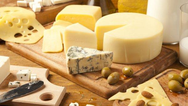 Учёные предупреждают об опасном свойстве сыра