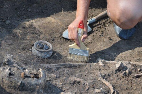 Киргизские археологи нашли стоянку людей, которой более 20 тысяч лет