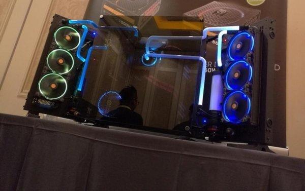 Thermal Take представила уникальный системный блок Core P7 TG