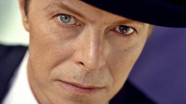 Два уникальных альбома Дэвида Боуи представят в апреле
