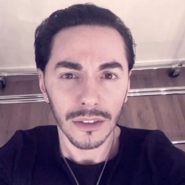 Популярный певец Тимур Родригез рассказал о  закулисной жизни