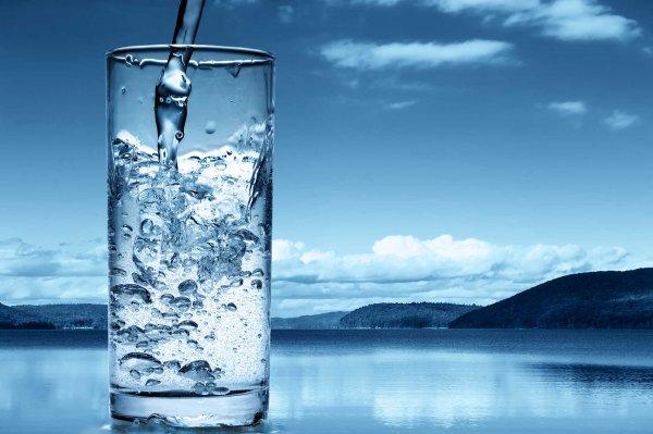 Ученые выяснили, сколько воды нужно организму в день