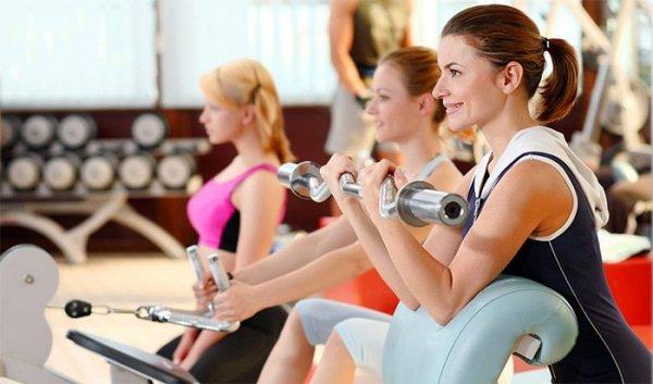 Психологи: Женщины должны иногда пропускать занятия спортом