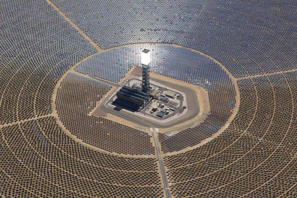 В Дубае заработала мощная солнечная электростанция