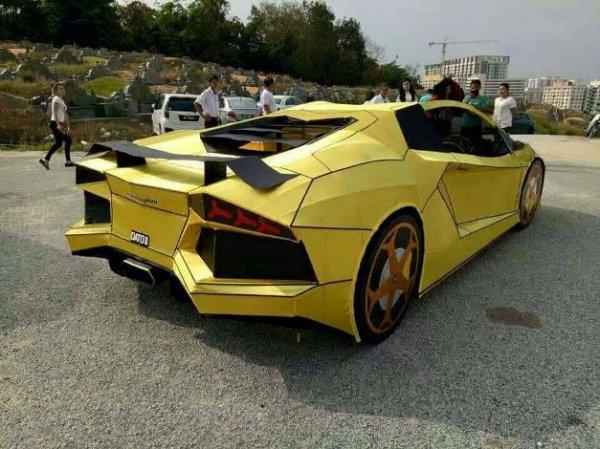 Житель Тайваня предаст огню копию Lamborghini Aventador
