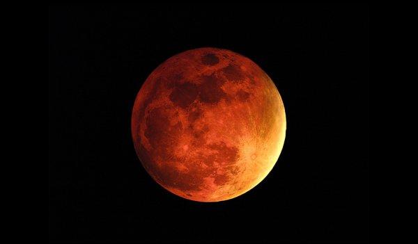 Было составлено видео из фотографий лучших видов Марса