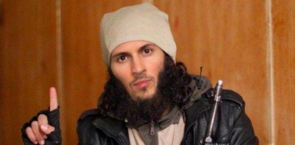 Павел Дуров предстал на странице «ВКонтакте» в образе террориста ИГИЛ