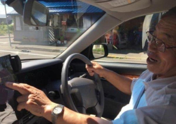 В Японии предлагают старикам отказаться от водительских прав взамен на скидку ритуальных услуг