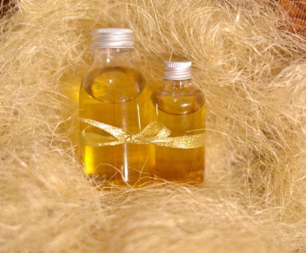 Косметологи рекомендуют умываться маслом