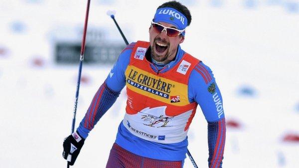 Утсюгов взял первое место в чемпионате России по скиатлону