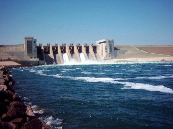 В Сирии частично обвалилась крупнейшая в государстве плотина