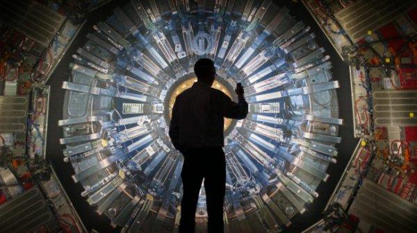 Ученые: Портал для частиц поможет открыть темную сторону Вселенной