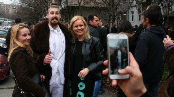 Тролль из YouTube может выиграть выборы президента Сербии