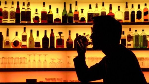 Эксперты: Для решения проблемы чрезмерного потребления алкоголя нужны изменения в политике