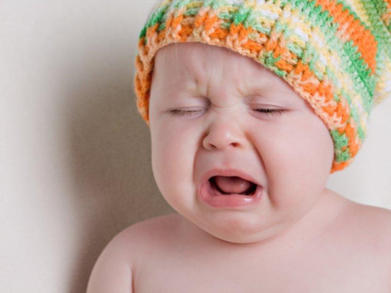 Почему часто плачет 2 месячный ребенок