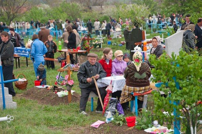 ВКузбассе родительский день Радоница объявлен выходным