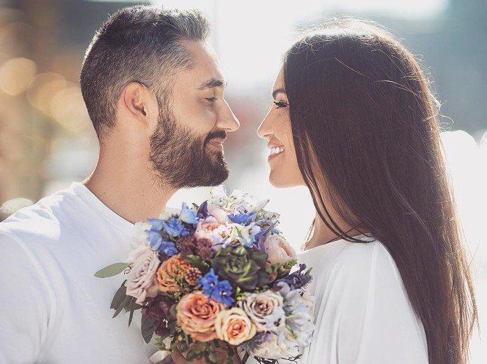Репер Мот иМария Гураль совершили обряд венчания