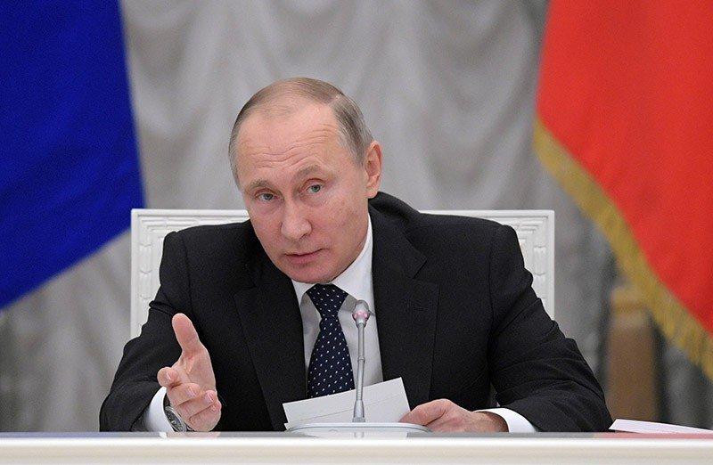 Улучшение законов оборьбе скоррупцией обсудит Путин вПетербурге