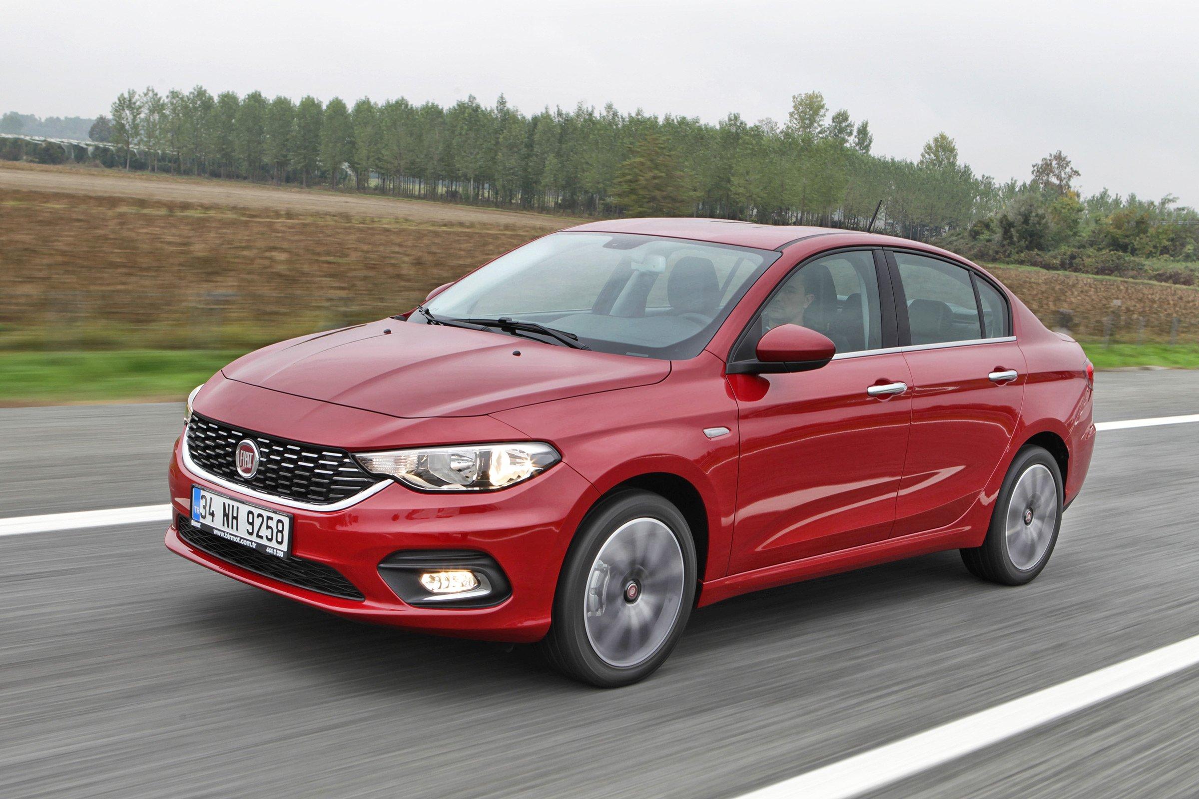 Фиат без заказа установил витальянские автомобильные салоны машины на90млневро