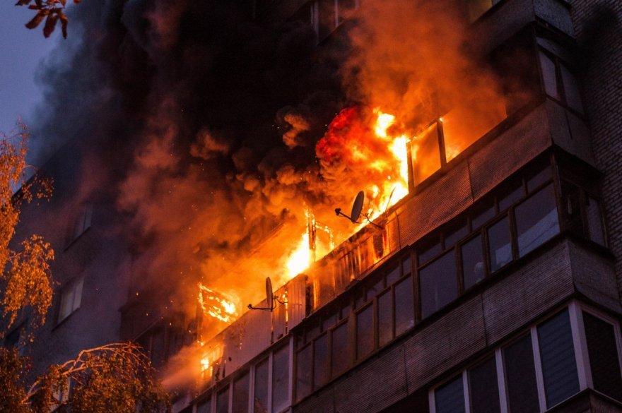 ВВолжском жильцов 9-этажки эвакуировали из-за пожара