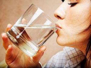 Сухость и горечь во рту: причины и профилактика