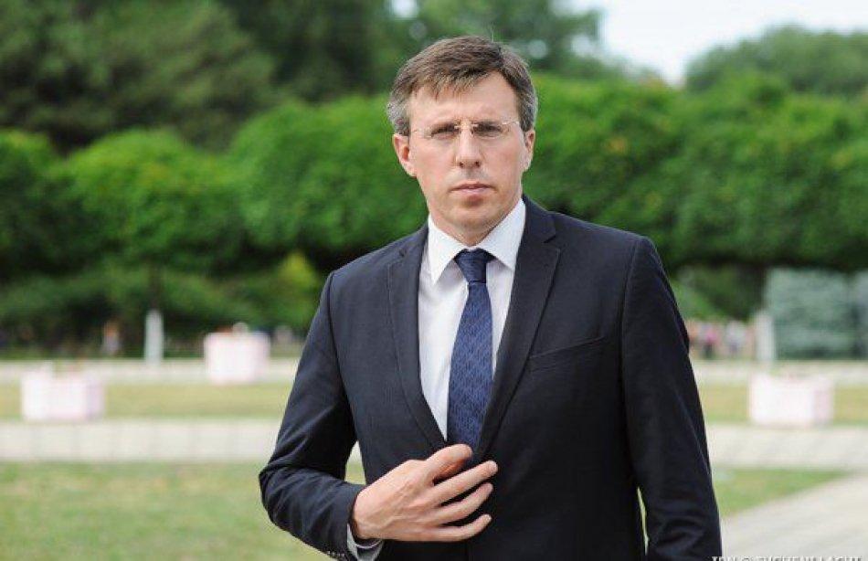 Мэру Кишинёва вручили премию «Бездельник ивредитель года»