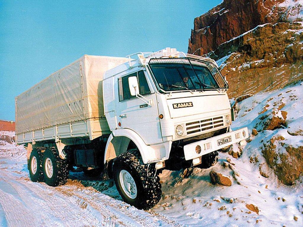 Русский рынок грузовиков вначале весны вырос на40%